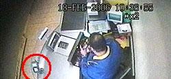Die Überwachungskameras bei Lidl beobachten auch die E-Cash-Terminals
